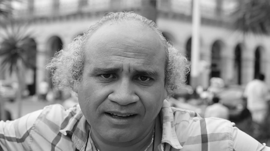 الكاتب الجزائري عبد الرزاق بوكبّة: الكتابة بوصفها فعلاً جنسياً!