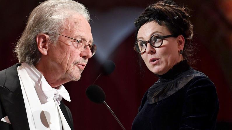 خطاب نوبل الآداب: تملُّص هاندكه وتشاؤُم توكارتشوك